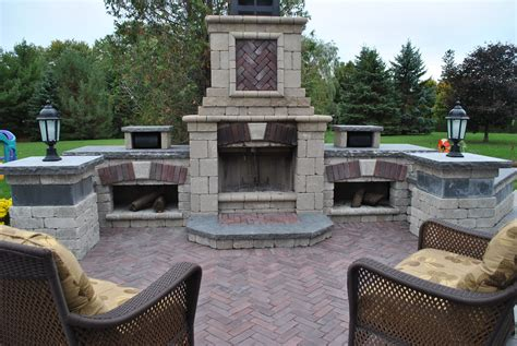 unilock tuscany fireplace outdoor patios pavers