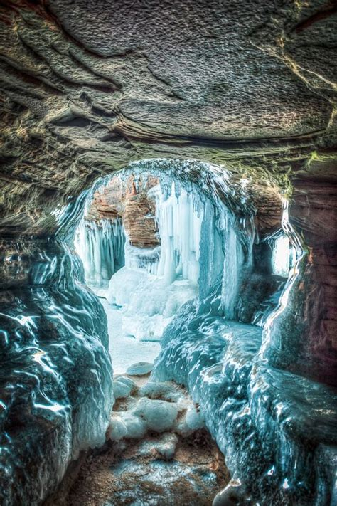 ice cave  bayfield wisconsins apostle islands