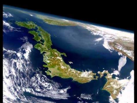 tsunami japon desde la estacion espacial youtube