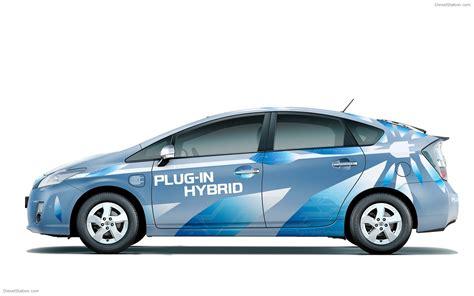 toyota prius plug  hybrid widescreen exotic car