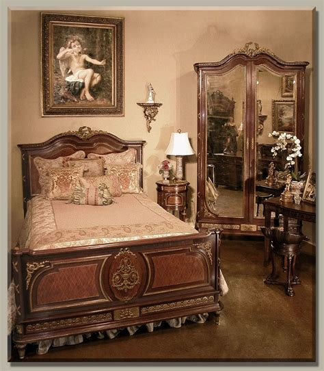 Vintage Bedroom Furniture by Bedroom Furniture Comes With The Luxurious