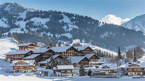 cuisine modernes huus gstaad saanen suisse tourisme