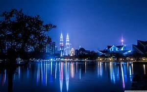 Kuala Lumpur Malaysia Petronas KL tower 4K HD Desktop