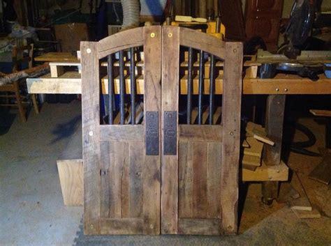 jims wooden saloon doors images  pinterest