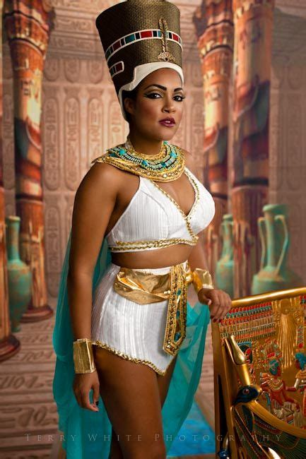 Pin By Daneille Grant On Things To Wear Egyptian Costume