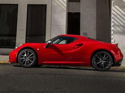 Alfa Romeo 4C First Drive Review | Autobytel.com