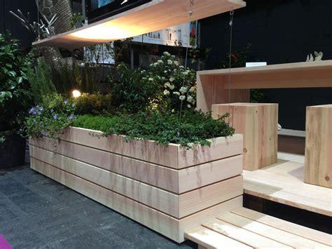 gartenmöbel aus douglasien selber bauen pur natur blumenkasten aus douglasie terrassendielen