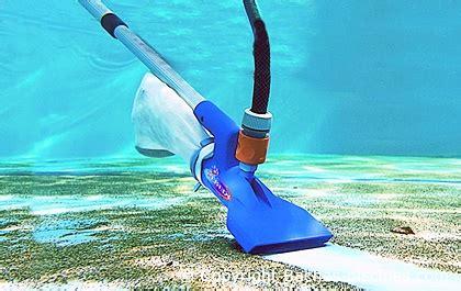aspirateur fond piscine et pompe venturi