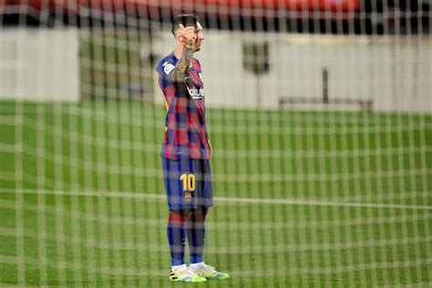 Lionel Messi scores 700th career goal with FC Barcelona vs ...