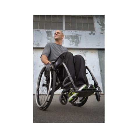 fauteuil roulant pliant ultra l 233 ger v 233 loce motioncomposites la maison andr 233 viger