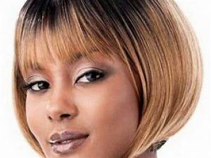 Coupe Carré Visage Rond : coupe cheveux court femme carabiens le forum ~ Melissatoandfro.com Idées de Décoration