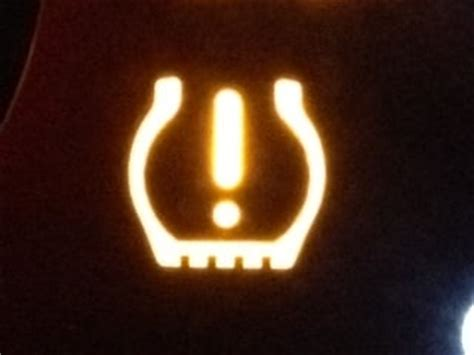 subaru dash lights meaning 10 dashboard symbols that are obscure for no reason