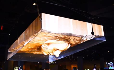 trippy  projection mapped ceiling  vegas nightclub