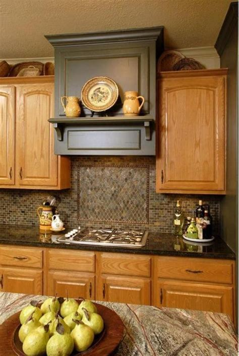 Whether your kitchen is a throwback or brand new, decorating with oak cabinets and white appliances is easier than you think. 20 Perfect Kitchen Wall Colors with Oak Cabinets for 2019 ...