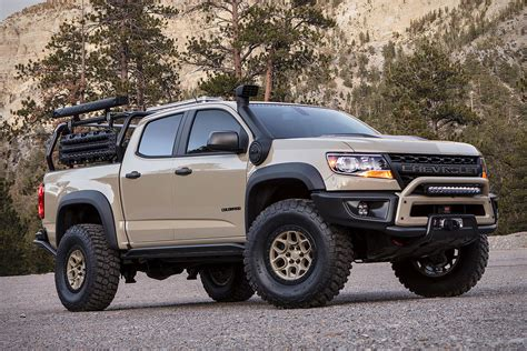 chevy concept truck chevrolet colorado zr2 aev concept truck uncrate