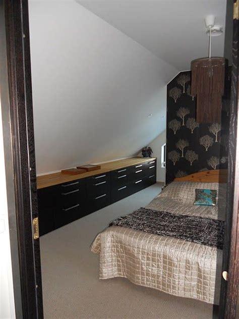 meuble bas chambre stockage de chambre mansardée placards de cuisine and