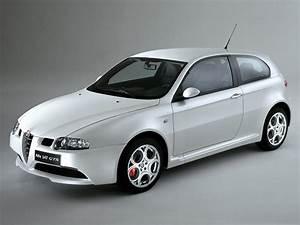Alfa Romeo V6 : alfa romeo 147 gta 2003 2004 2005 autoevolution ~ Medecine-chirurgie-esthetiques.com Avis de Voitures