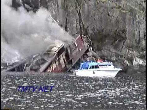 Boat Parts Bc by Crash Into Kootenay Lake Tmtv Net