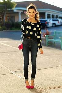 20 Style Tips On How To Wear High Waisted Jeans - Gurl.com | Gurl.com
