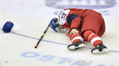 Zranění Lauka je vážné, turnaj pro něj skončil   Barrandov.tv