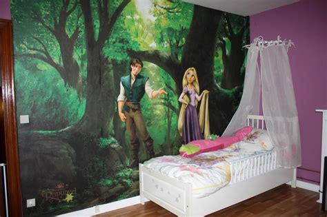 chambre princesse disney 11 best déco raiponce disney princess images on