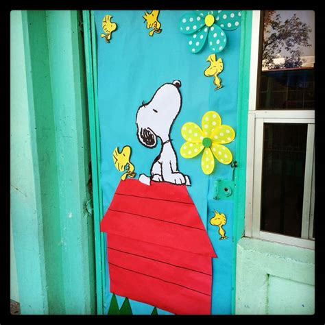 snoopy classroom door decorations 25 best ideas about snoopy classroom on