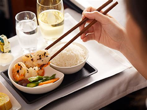 cuisine chinoise traditionnelle cathay pacific propose une cuisine chinoise de haut haut
