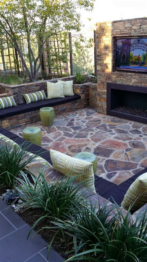 Outdoor Living Space  Home Decorating Diy