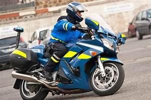 Moto Française Marque : un airbag int gr dans la tenue des motards ~ Medecine-chirurgie-esthetiques.com Avis de Voitures