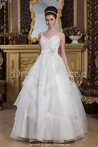 Picking a perfect wedding dresses for petite women real for Ladies wedding dresses
