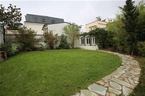 properties v bien a vendre maison avec jardin fontenay sous bois