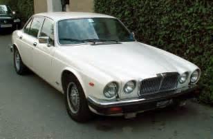 File:Jaguar Sovereign 4.2 1.JPG - Wikimedia Commons