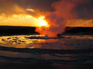Great Fountain Geyser Eruption  Late Stages  At Sunset  5