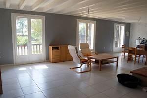 Deco Maison Avec Poutre : poutres au plafond et papier peint ~ Zukunftsfamilie.com Idées de Décoration