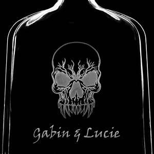 Verre A Whisky Tete De Mort : bouteille verre t te de mort personnalis attitude 70cl verre cr ations ~ Teatrodelosmanantiales.com Idées de Décoration