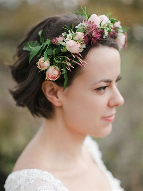 beautiful wedding hairstyle ideas  short hair