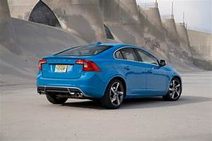 Volvo S60 R : before the test drive thoughts on the blue volvo s60 r design ~ Medecine-chirurgie-esthetiques.com Avis de Voitures