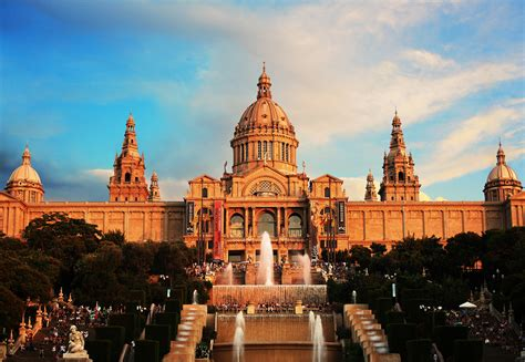10 Top Tourist Attractions In Barcelona (with Photos & Map