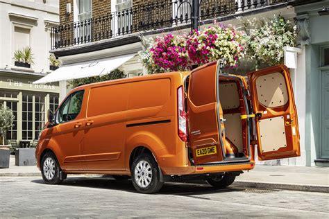Ford Transit Custom Plug-In Hybrid electric van dimensions ...