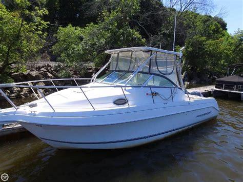 275 For Sale by 2005 Used Aquasport 275 Explorer Walkaround Fishing Boat