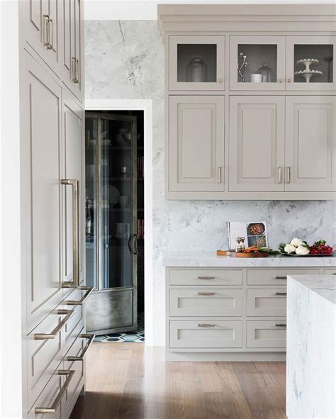 white cabinets with beige countertop 25 best ideas about beige cabinets on beige