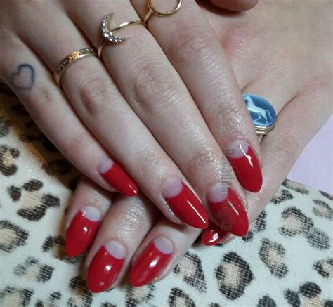 dita von teese nails best 25 round nails ideas on pinterest rounded nails