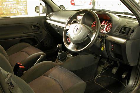 renault clio 2002 interior interior renault clio 2 1 5 dci