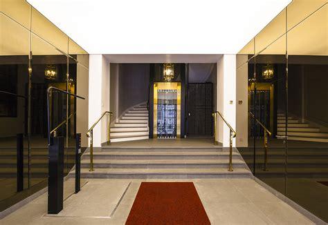 r 233 novation du et de la cage d escalier d un immeuble de bureaux haussmanniens 9 232 me
