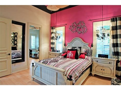 black pink and white bedroom 17 best ideas about pink black bedrooms on pinterest 18350 | b39e7be550b855a2f27dcd8e8cd832bd