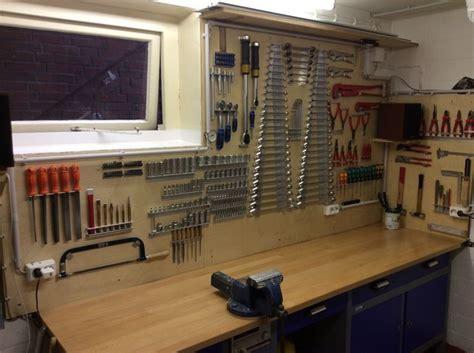 Garage Werkzeugwand werkzeugwand keller garage basement workshop und