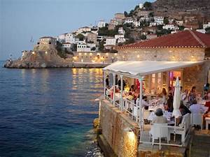 Restaurant Guide For Hydra Island Greece Restaurants In