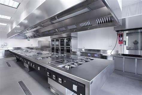 tipos de campanas extractoras  cocinas industriales