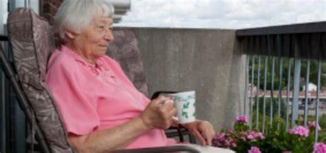 Zu Hause Leben Mit Demenz by Quot Wir Sind Nicht Einfach Nur Altenpfleger Arschabwischer