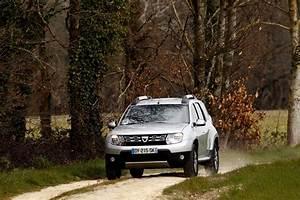 Argus Dacia Logan : essai dacia duster 2016 notre avis sur le duster dci 110 4x2 l 39 argus ~ Maxctalentgroup.com Avis de Voitures